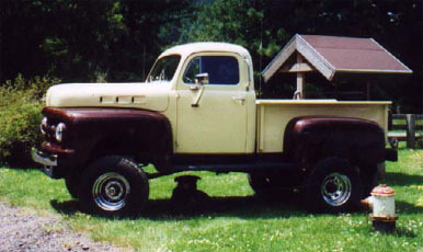 1952 Ford 4x4 Pickup