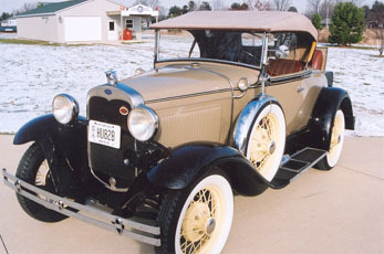 Model A Deluxe Roadster Conver