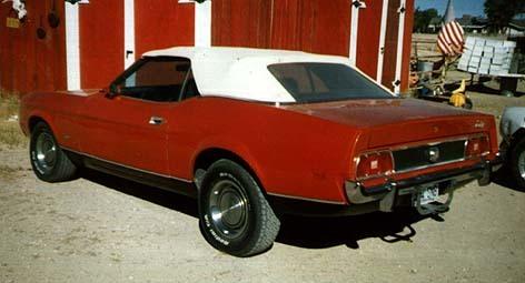Mustang Convertible Deluxe